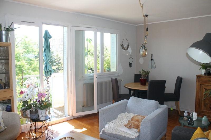 Monplaisir, agréable T4 traversant Est Ouest, 89 m²